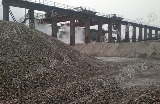 钢厂用鹅卵石客户安装现场